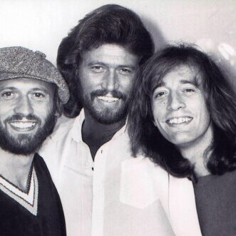 Kenneth Branagh режисира филм за Bee Gees